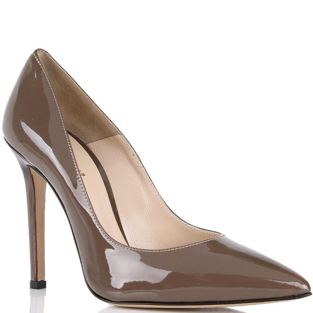 Туфли lEstrosa лаковые коричневого цвета с каблуком шпилькой