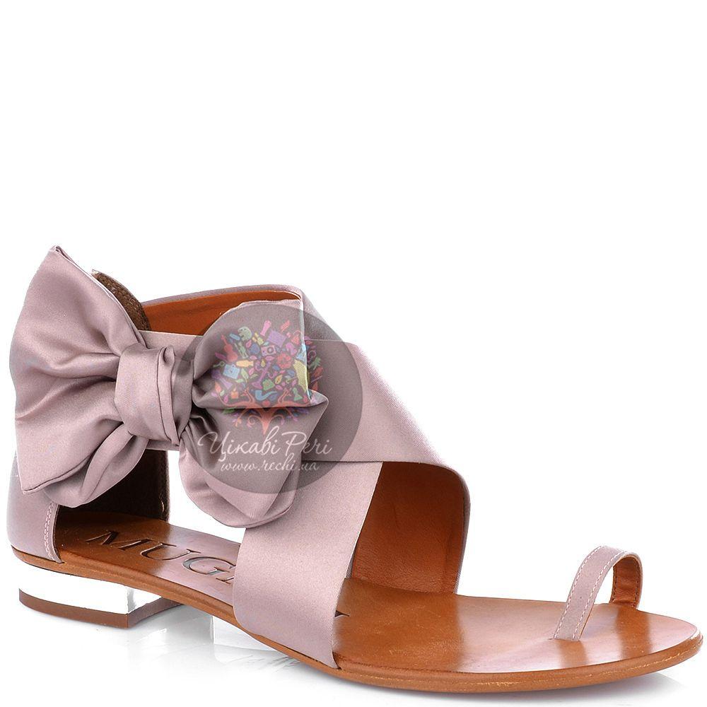 Сандалии Mugnai атласные палево-розового цвета с красивым бантом