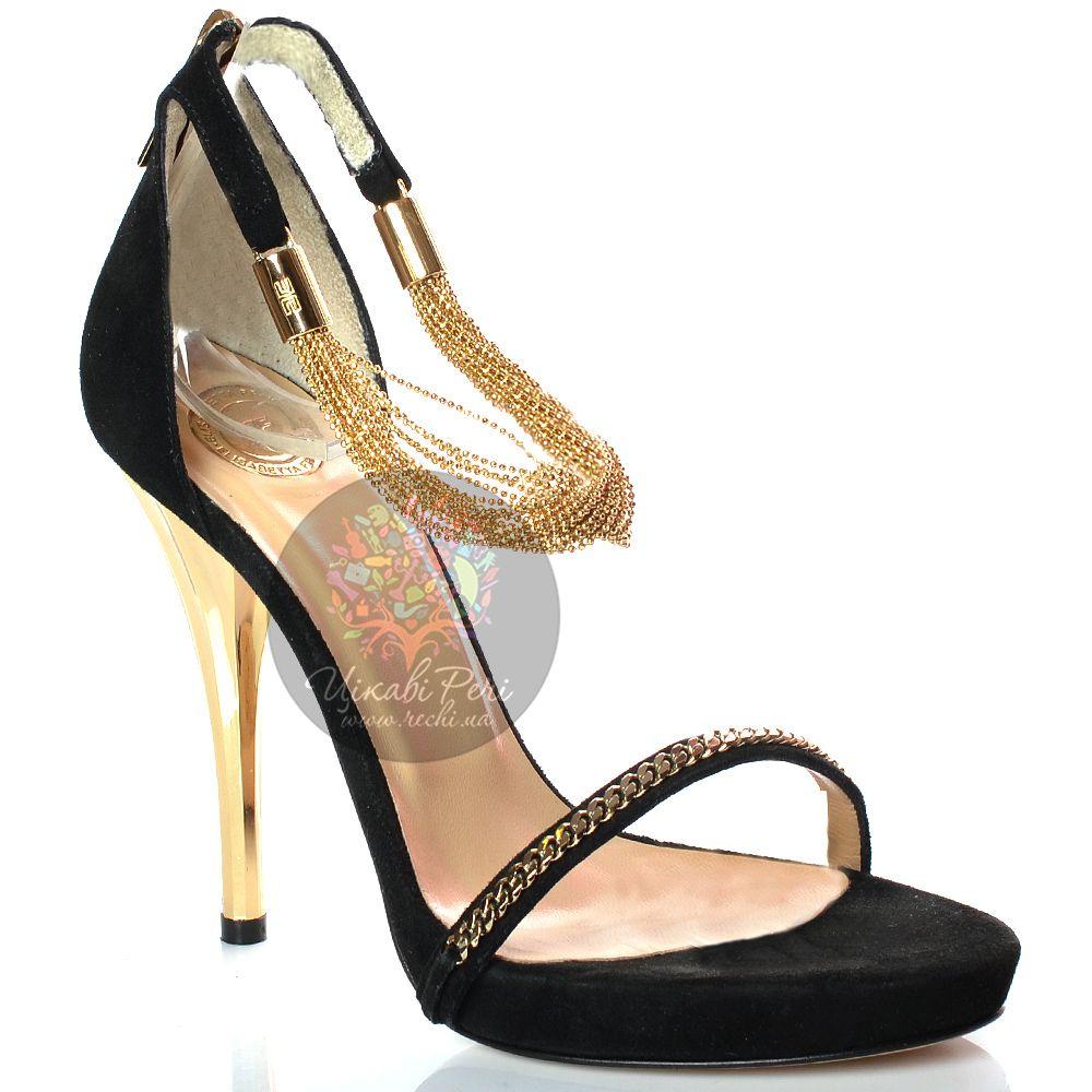 Босоножки Elisabetta Franchi на золотой шпильке замшевые черные с цепочками