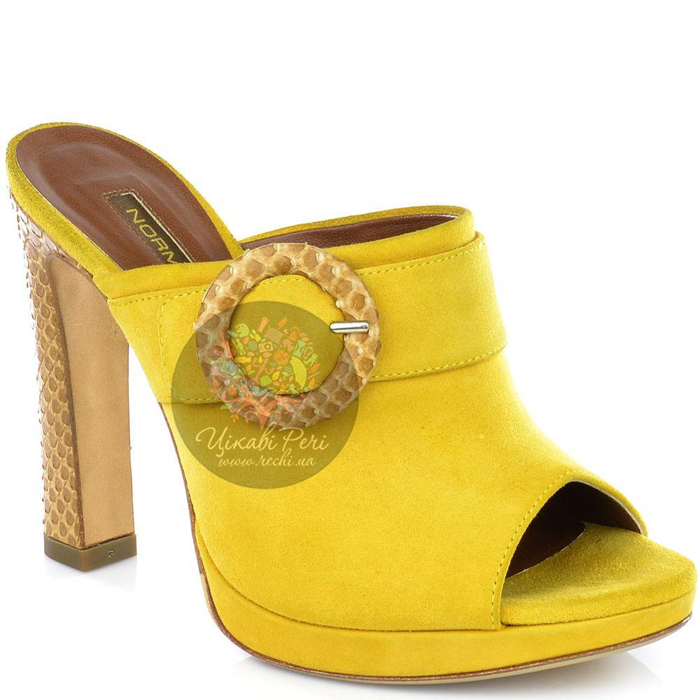 Мулис Norma J Baker из желтой замши на роскошном каблуке под кожу змеи