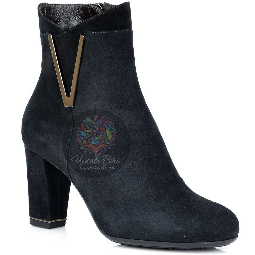 Ботинки Nocturne Rose на среднем каблуке осенние замшевые черные