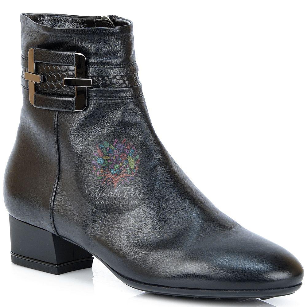 Ботинки Nocturne Rose на низком каблуке кожаные с декором под кожу крокодила