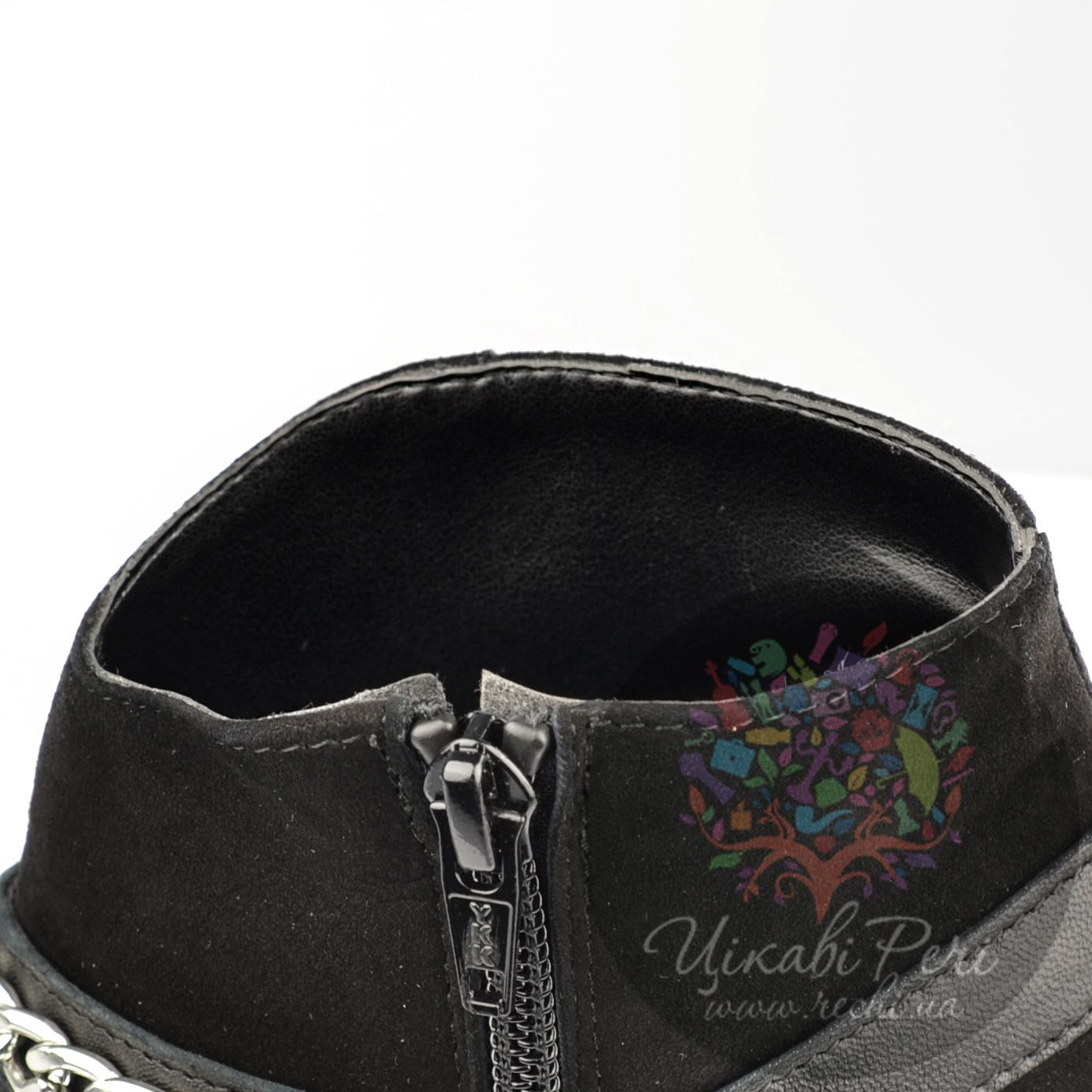 Ботильоны Ovye черные замшевые на каблуке-столбике
