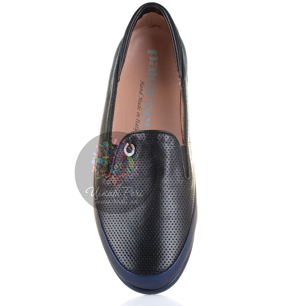 Слиперы Pakerson кожаные черные перфорированные мягкие с синей отделкой