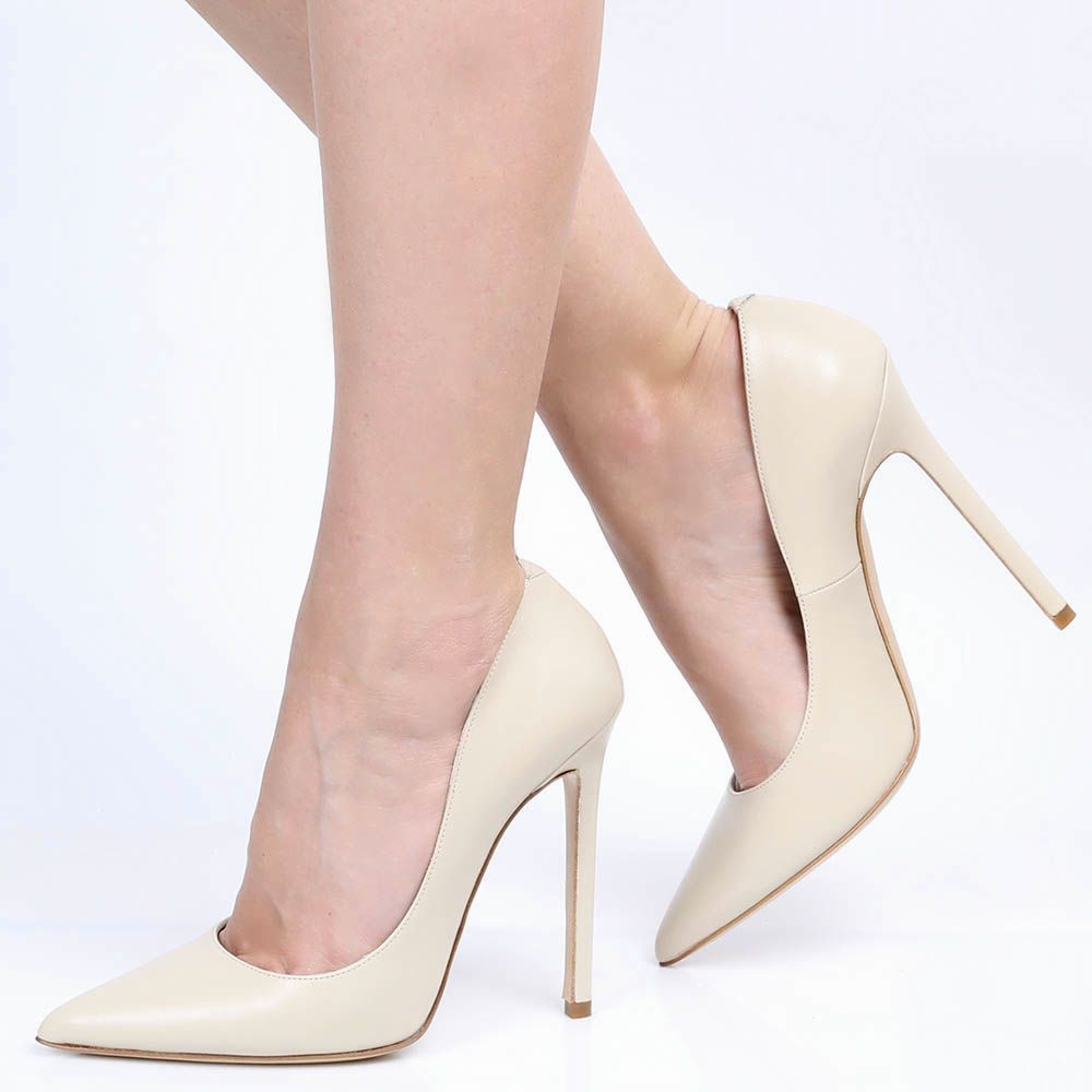Туфли-лодочки Ovye бежевого цвета