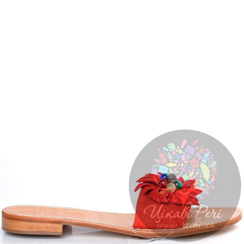 Сланцы Moda Positano Vilma из красной замши с декором в виде цветка
