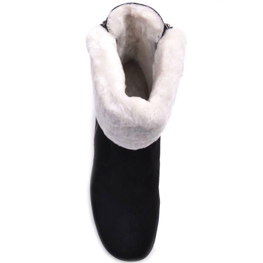 Ботильоны Prego зимние черного цвета с белым меховым отворотом