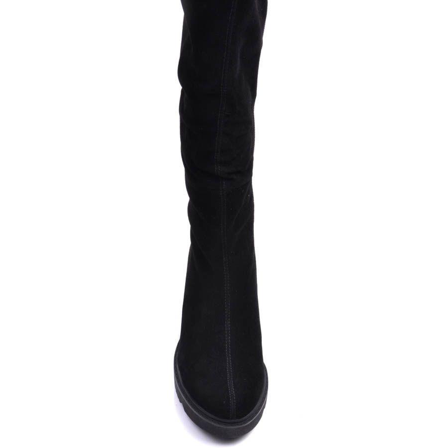 Сапоги Prego зимние черного цвета с молнием и со скрытой танкеткой высотой 6 см