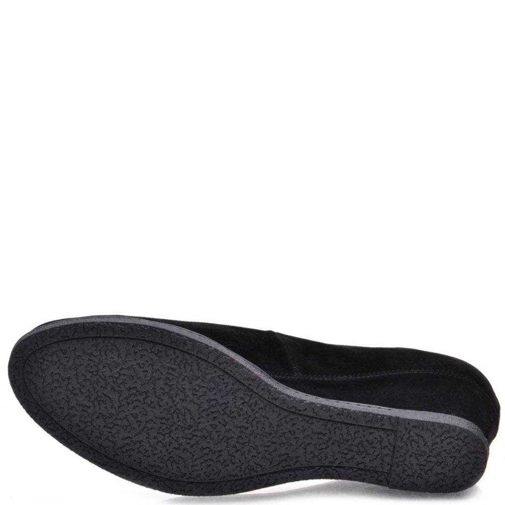 Туфли Prego из натуральной замши черного цвета украшенные стразами