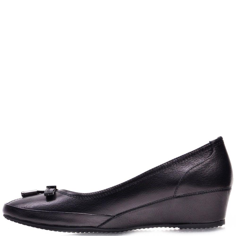Туфли Prego из натуральной черной кожи на танкетке