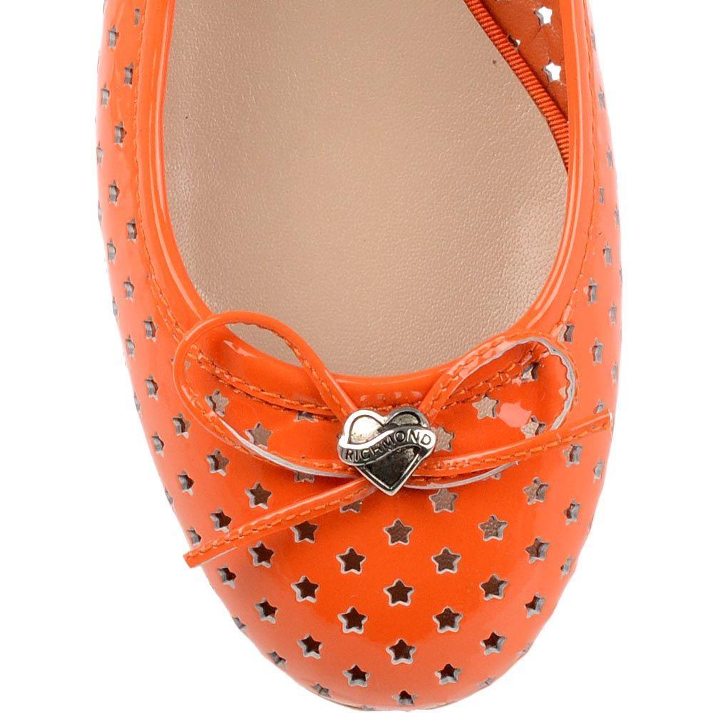 Балетки Richmond из лаковой кожи оранжевого цвета с перфорацией в форме звездочек