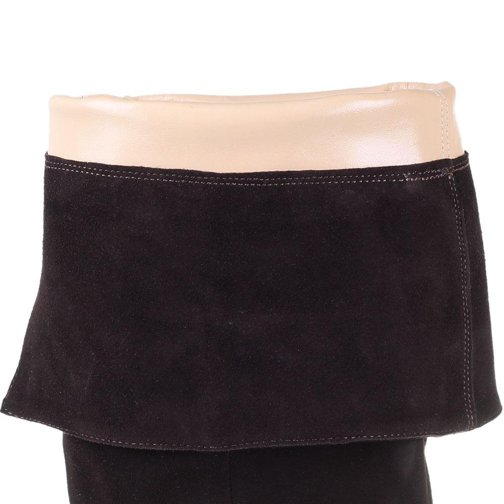Ботфорты из натуральной замши The Seller коричневого цвета на толстом каблуке
