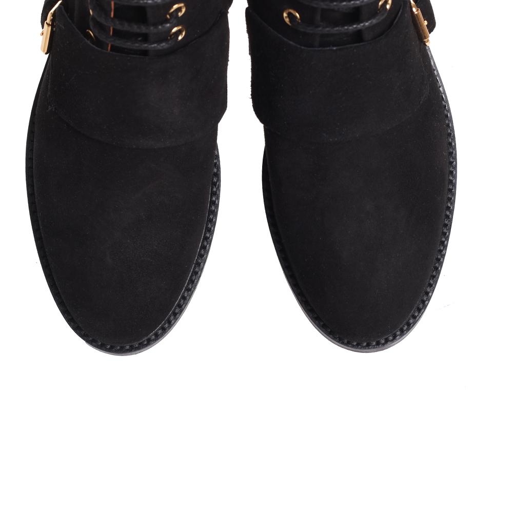 Ботинки The Seller из замши черного цвета