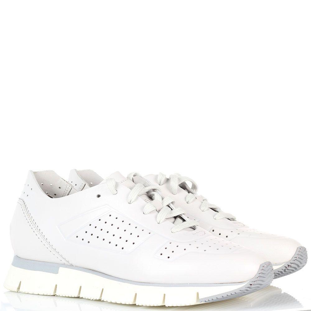 Кожаные кроссовки белого цвета на толстой подошве Santoni с перфорацией