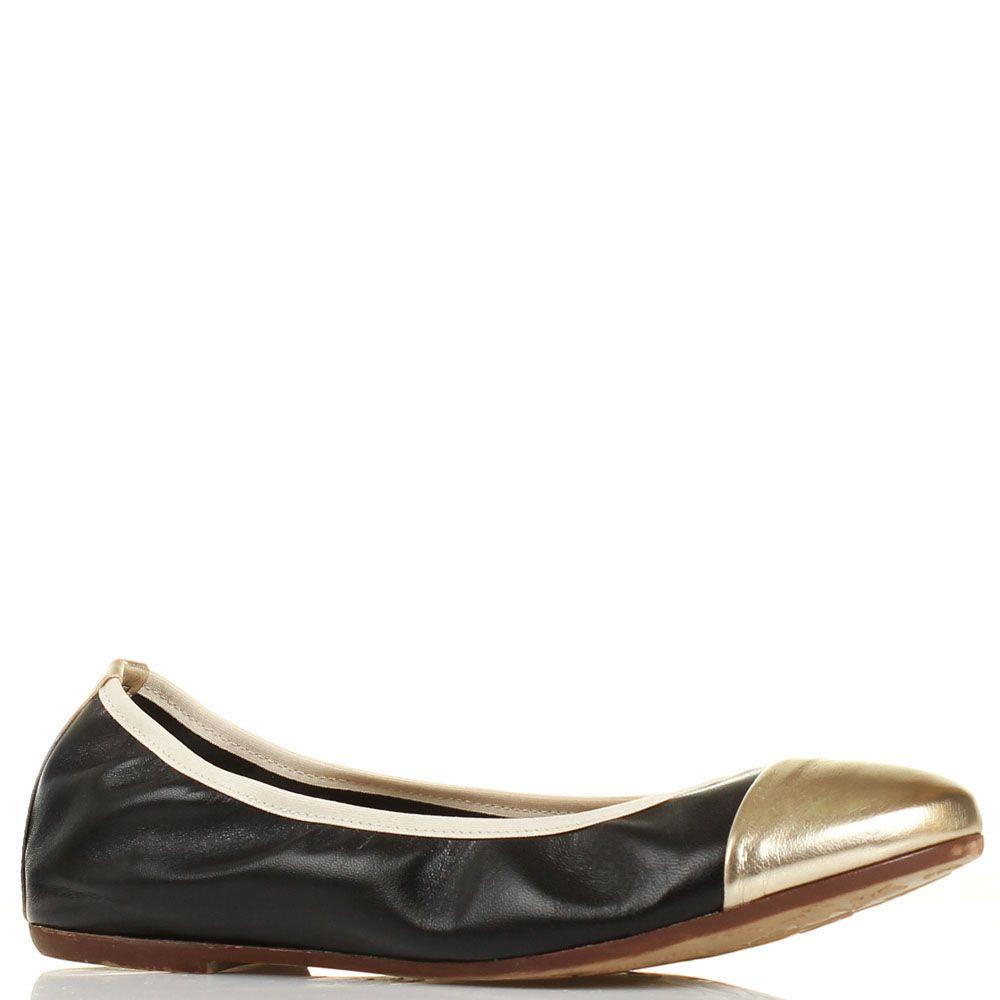 Балетки Ovye кожаные черные с носочком золотого цвета