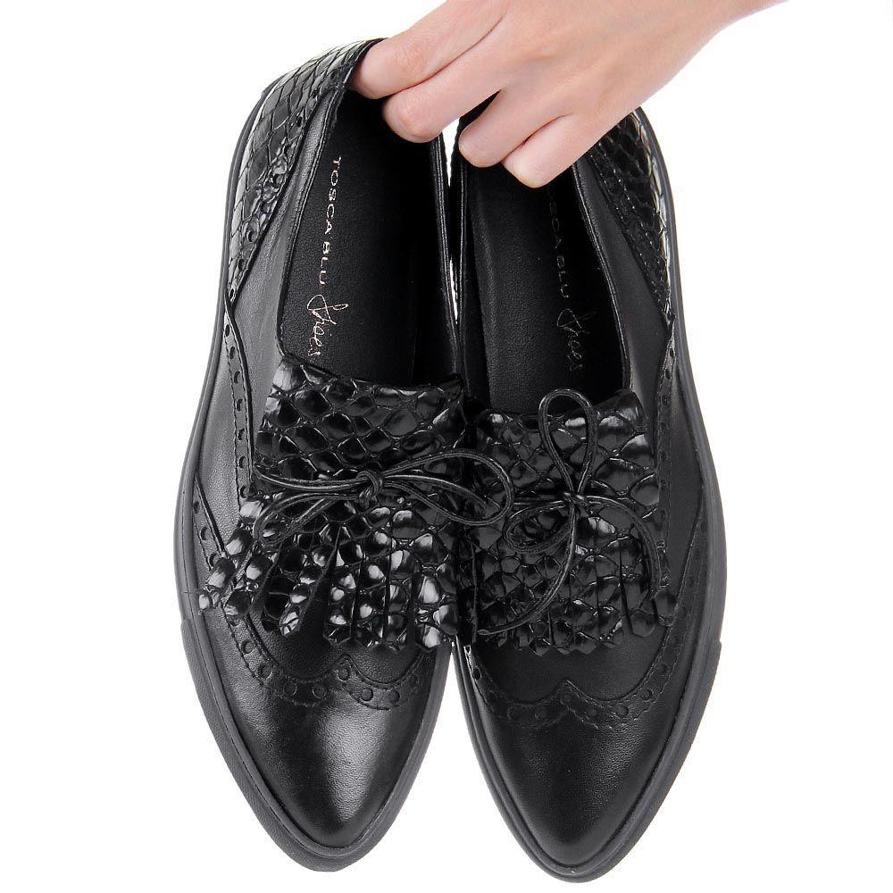 Лоферы Tosca Blu кожаные черного цвета с лаковыми вставками под кожу крокодила