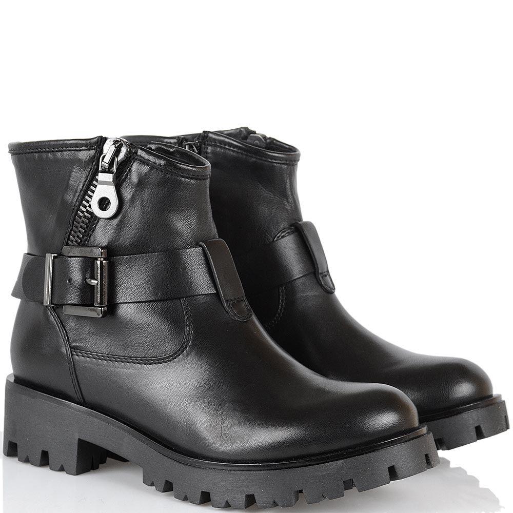 Ботинки Tosca Blu черного цвета на протекторной подошве