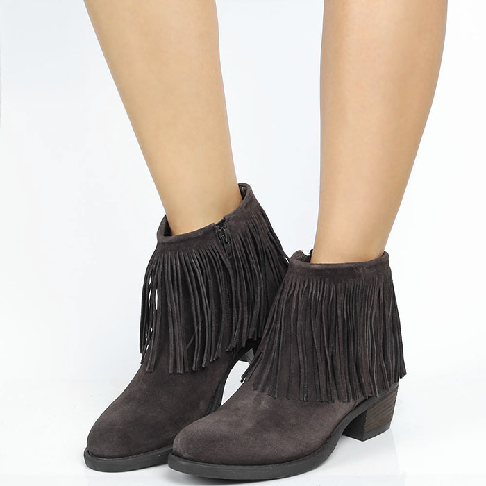 Ботинки из замши коричневого цвета Tosca Blu с декором в виде бахромы