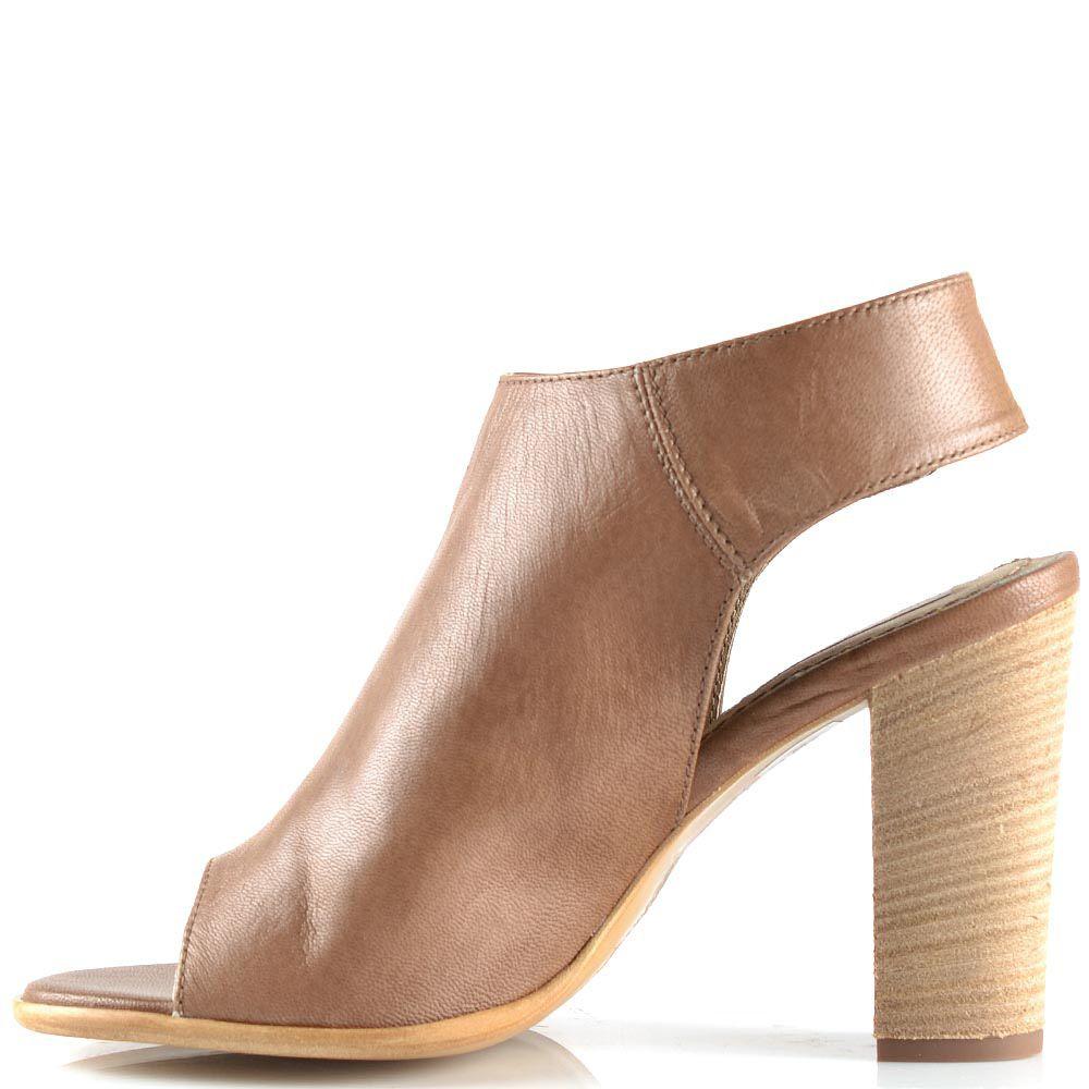 Босоножки-шутис Tosca Blu на каблуке кожаные светло-коричневые