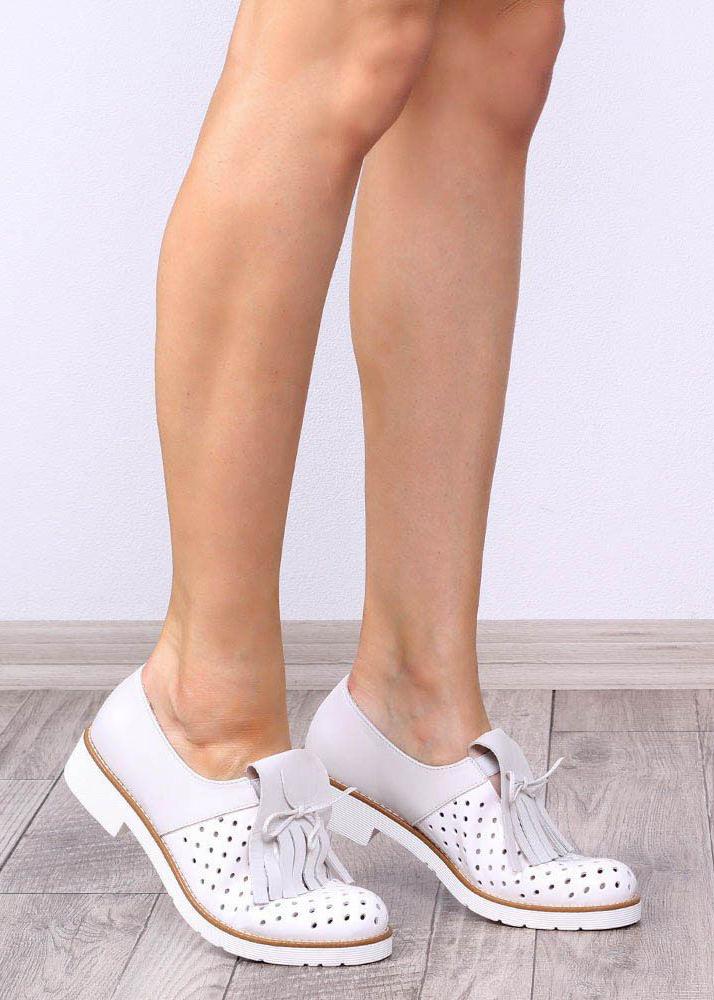 Женские броги Tosca Blu с перфорированным носиком