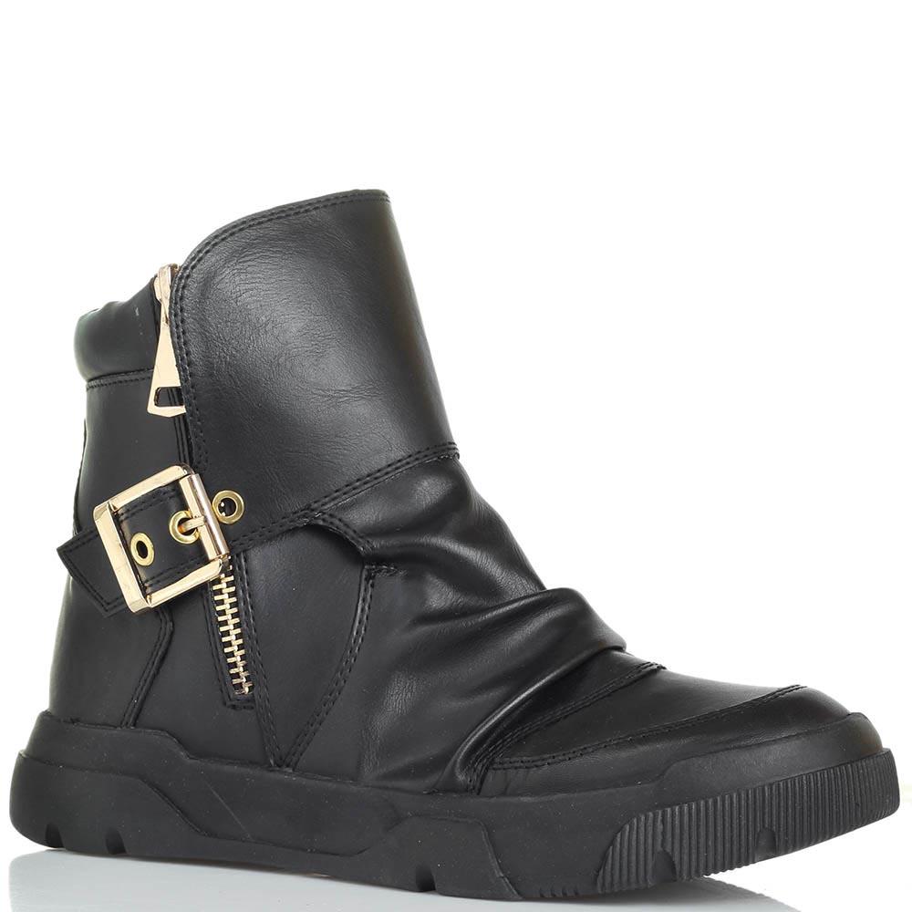Женские ботинки черного цвета Studio Italia с декоративной пряжкой