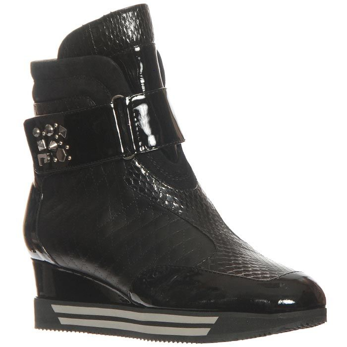 Кожаные ботинки Marino Fabiani черного цвета на танкетке