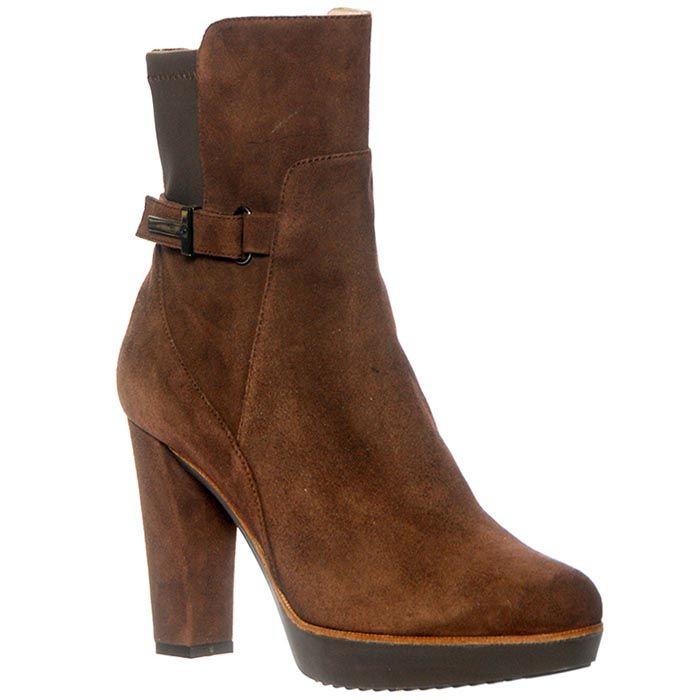 Замшевые ботинки Giorgio Fabiani коричневого цвета
