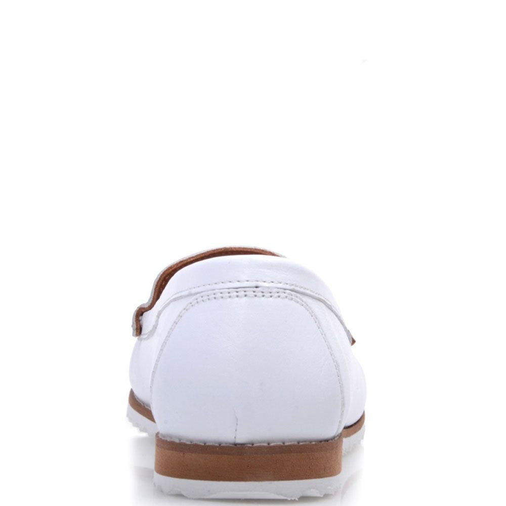 Кожаные мокасины Prego с перфорацией белого цвета