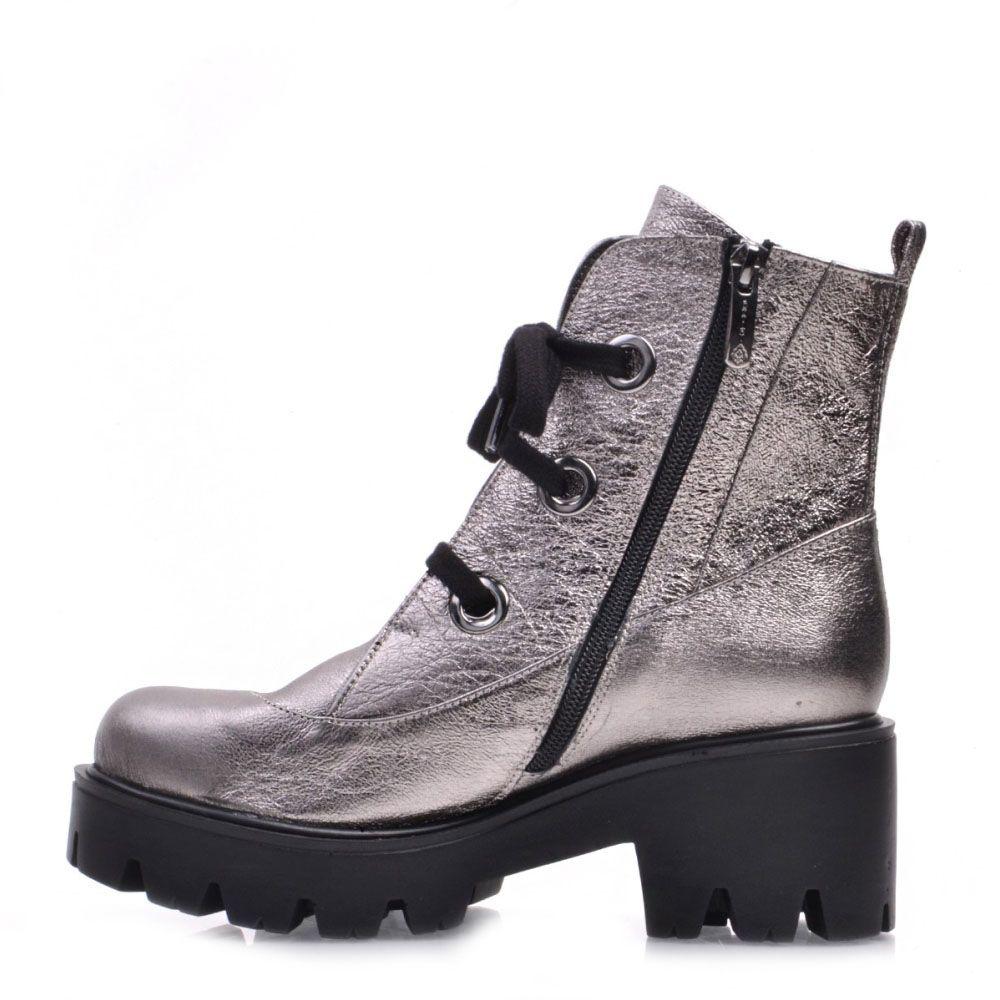 Высокие ботинки Prego из натуральной кожи серебристого цвета с металлическим блеском