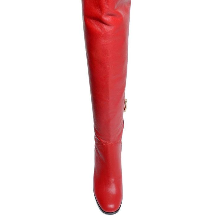 Кожаные сапоги Prego красного цвета на устойчивом каблуке