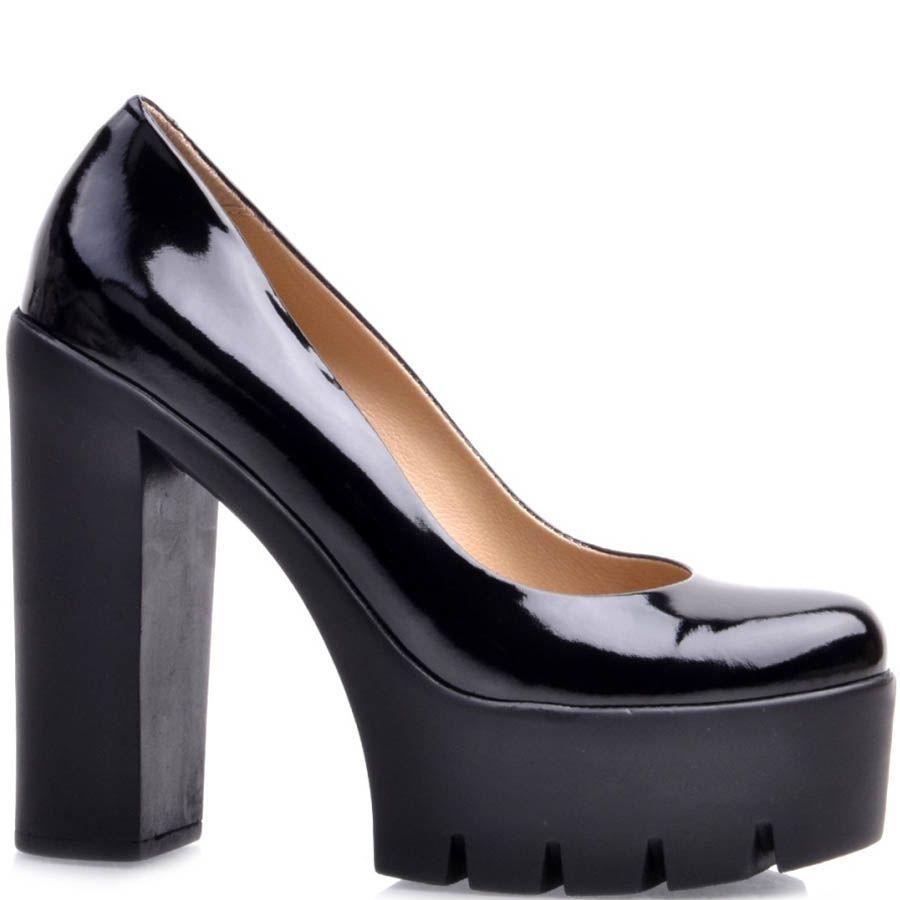 Туфли Prego лаковые черного цвета с высоким толстым каблуком и с высокой танкеткой
