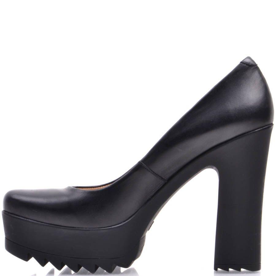Туфли Prego на высоком каблуке с зубчастой танкеткой черного цвета