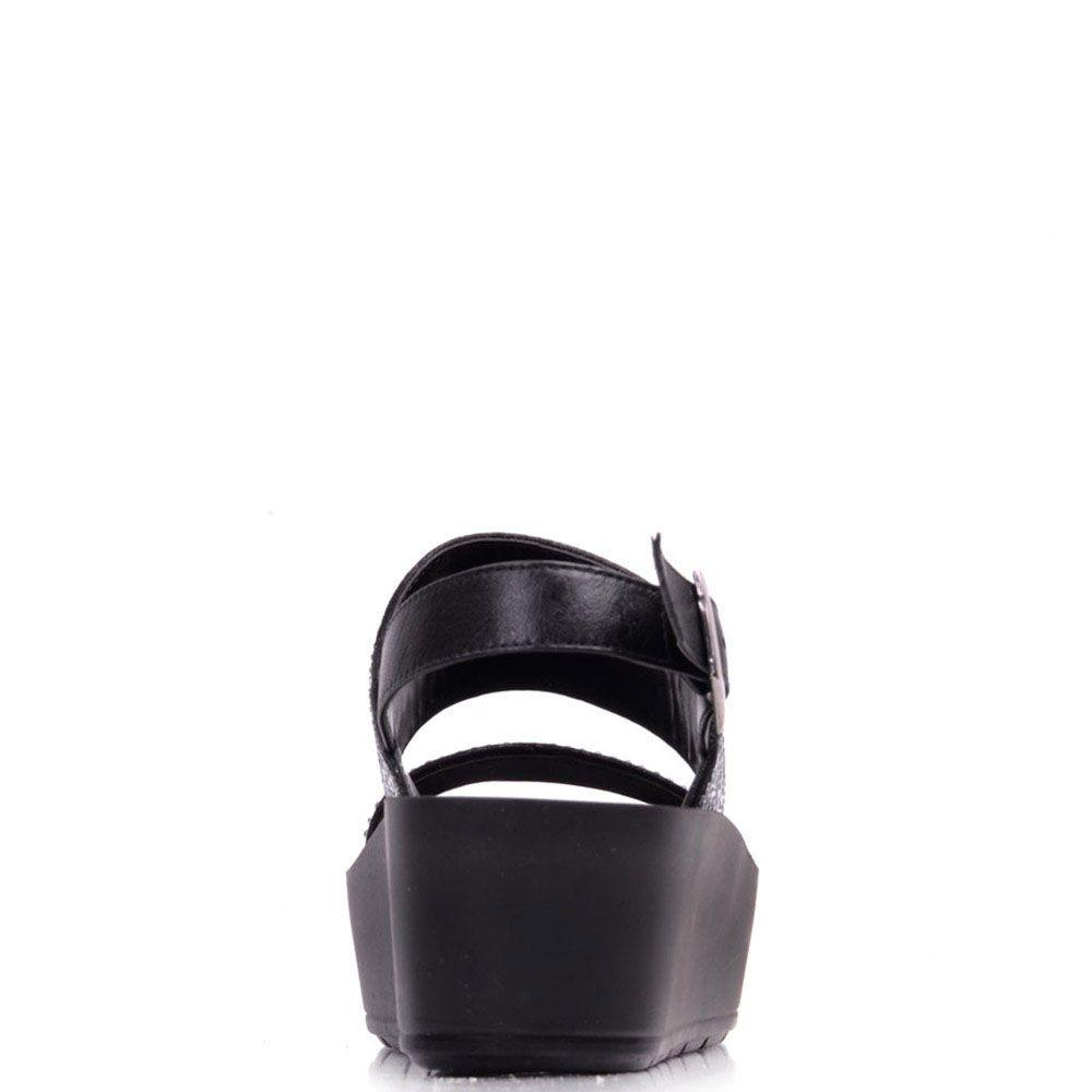 Замшевые босоножки Prego черного цвета украшенные стразами