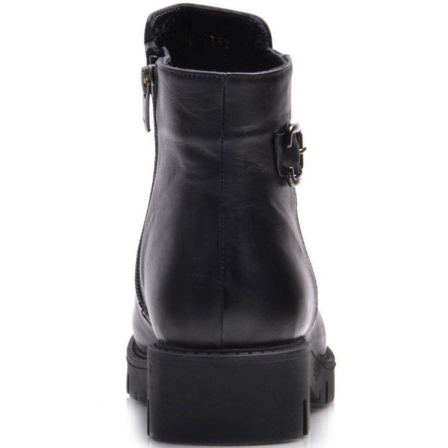Ботинки Prego зимние кожаные черные с декоративной пряжкой и наружным швом вдоль носка