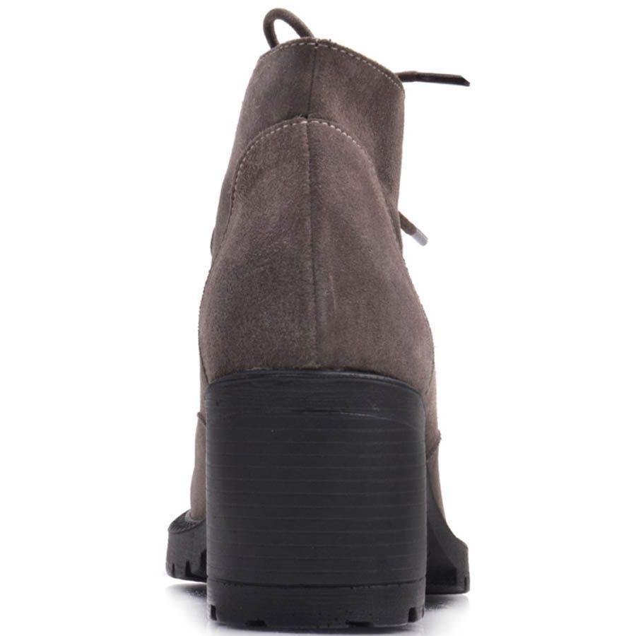 Ботинки Prego зимние замшевые коричневого цвета с натуральным мехом и шнуровкой