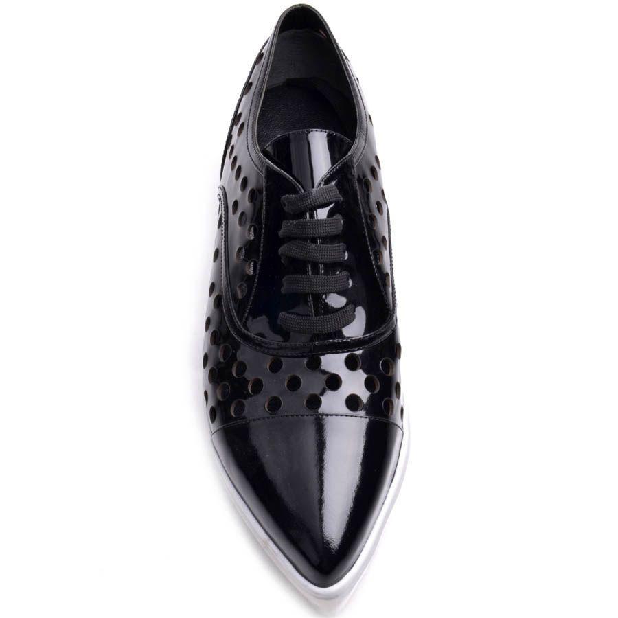 Туфли Prego лаковые черные с узким носком на толстой белой подошве