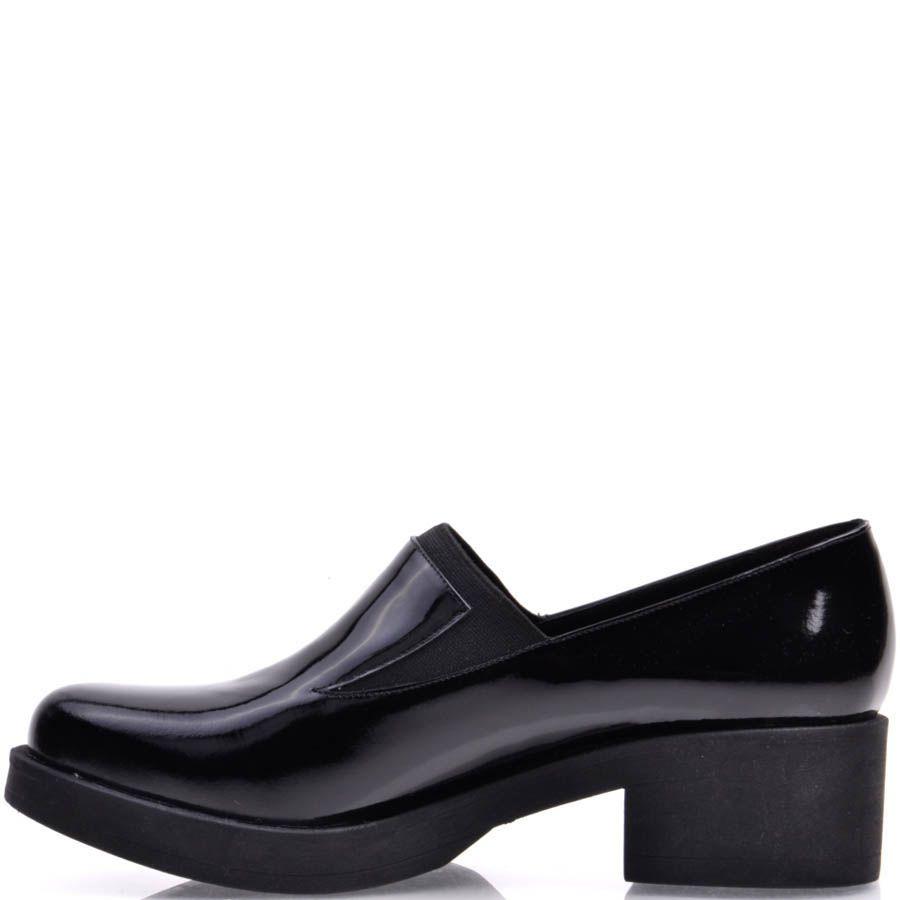 Туфли Prego лаковые черного цвета на устойчивом каблуке