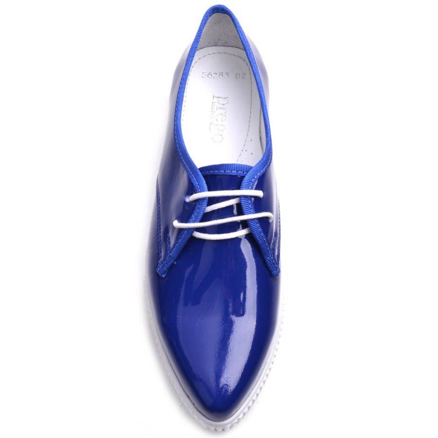 Туфли Prego лаковые синего цвета на белой подошве