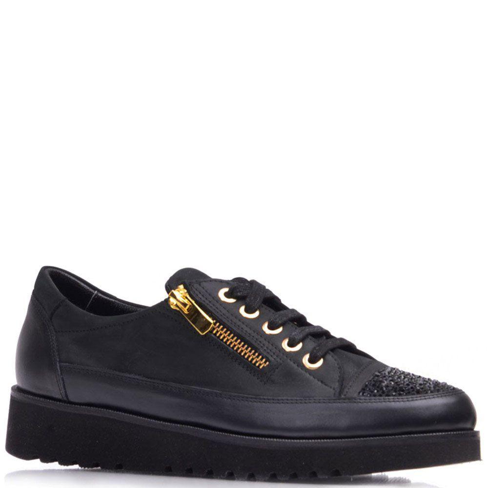Туфли Prego из кожи черного цвета со стразами на носочке