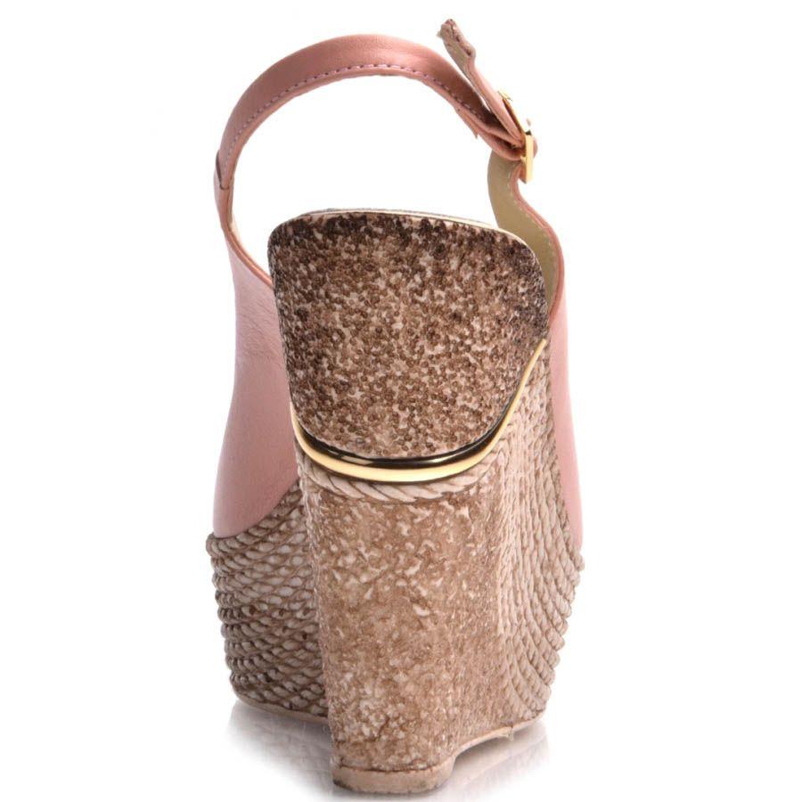 Босоножки Prego розовые с открытым носком и пяткой
