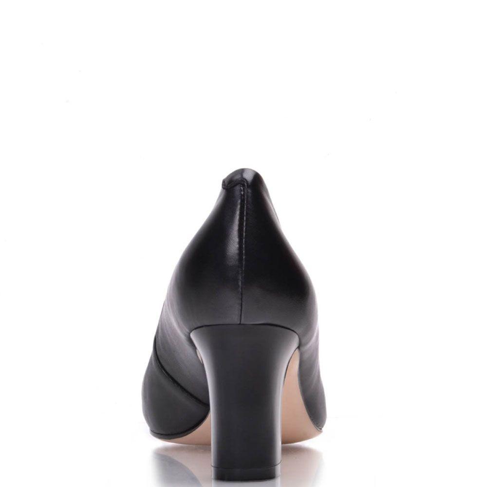 Туфли Prego из натуральной кожи черного цвета на среднем каблуке