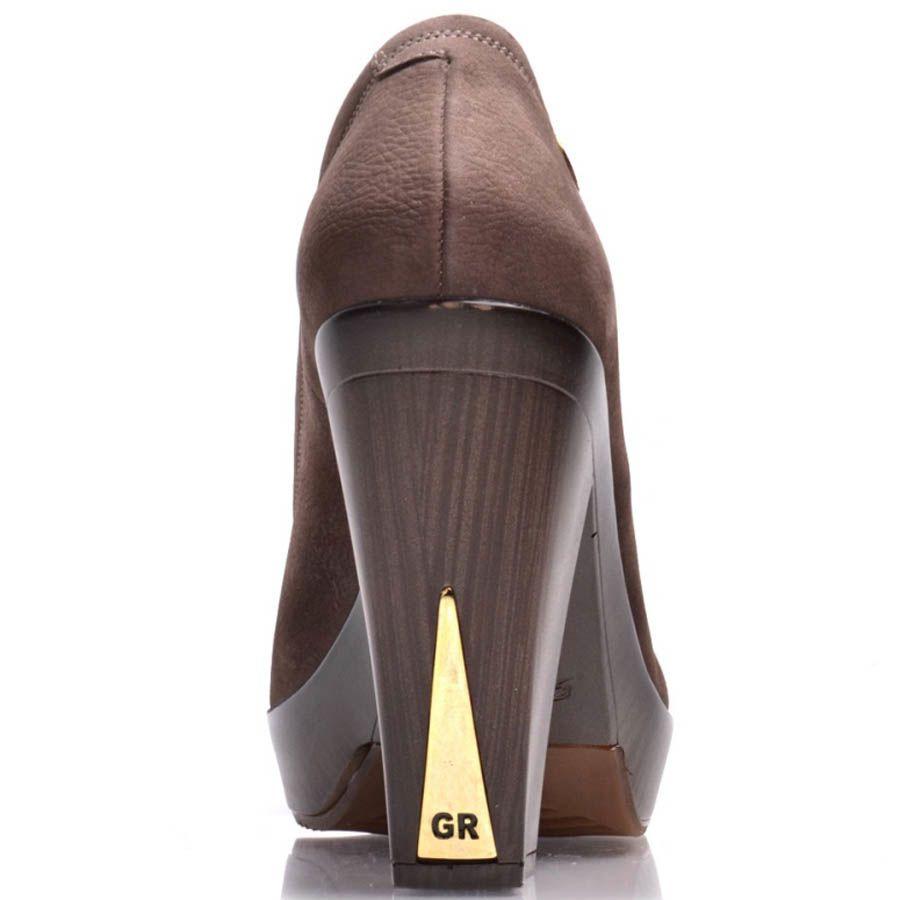 Туфли Prego кожаные коричневого цвета на толстом каблуке