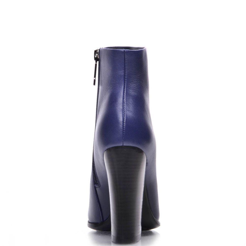 Ботинки Prego из натуральной гладкой кожи фиолетового цвета на высоком устойчивом каблуке