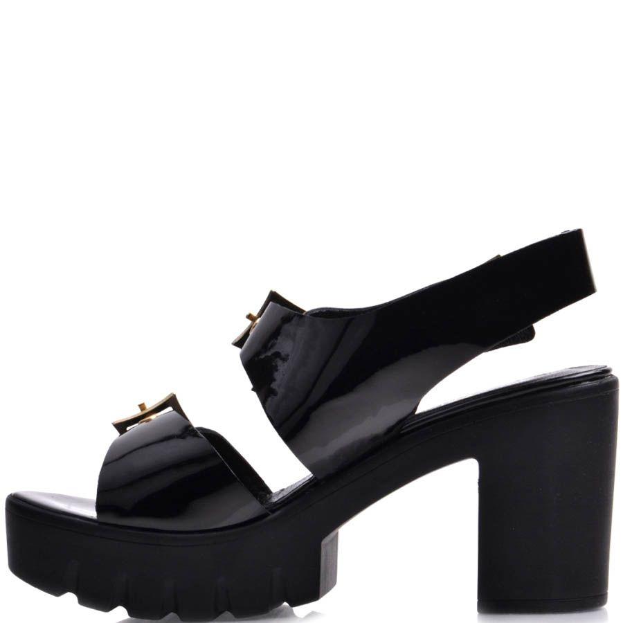 Босоножки Prego черные лаковые на толстом каблуке с металлическими ремешками