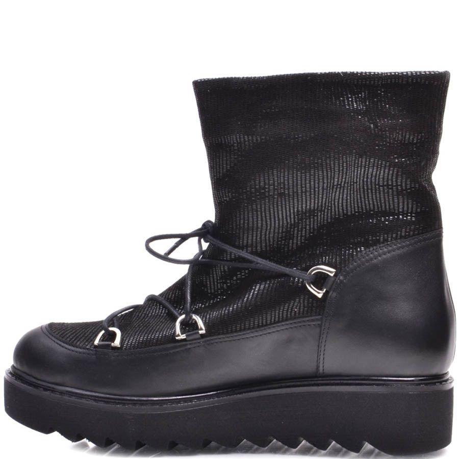 Ботинки Prego зимние кожаные с блестящим голенищем черные с толстой зубчастой подошвой