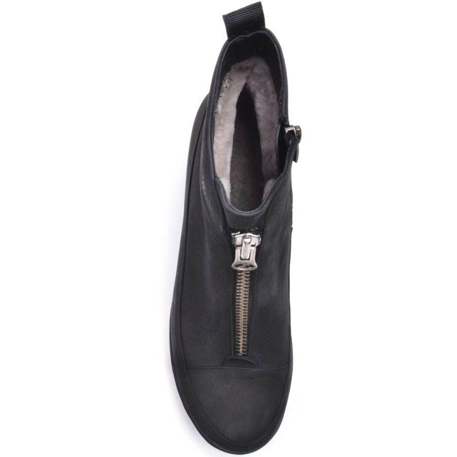 Ботинки Prego зимние из нубука черного цвета на устойчивом каблуке и с молнией посередине