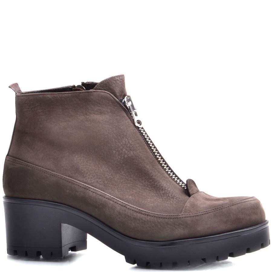 Ботинки Prego зимние из нубука коричневого цвета на устойчивом каблуке и с молнией посередине