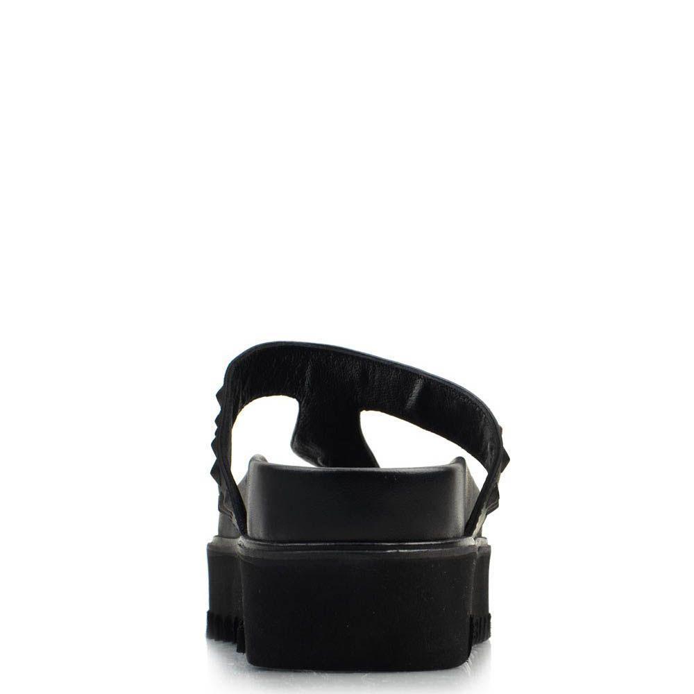 Кожаные мюли Prego черного цвета с шиповаными заклепками