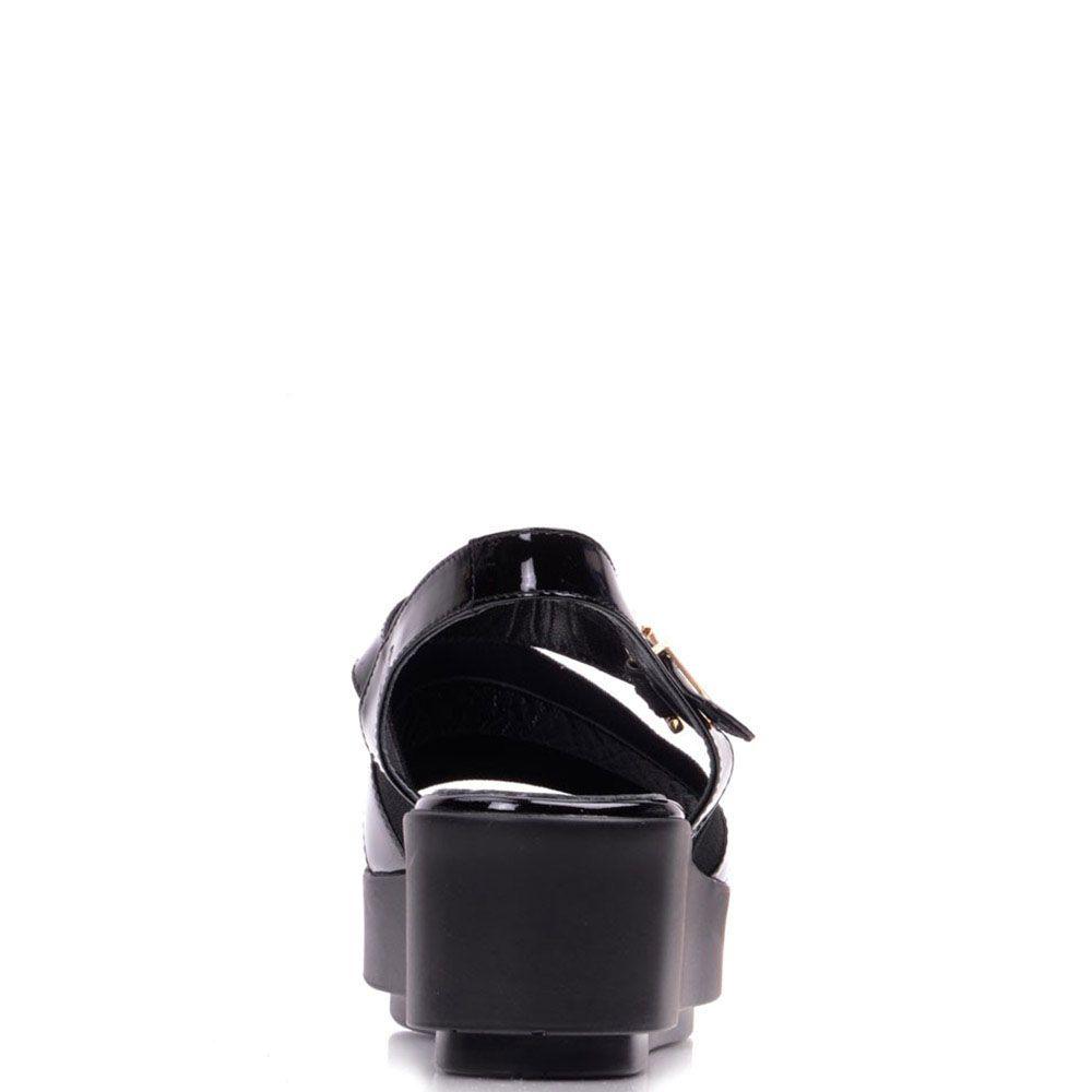 Босоножки Prego из лаковой кожи черного цвета на платформе