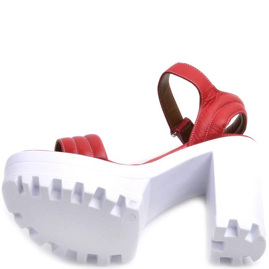 Босоножки Prego красного на толстой белом каблуке и танкетке